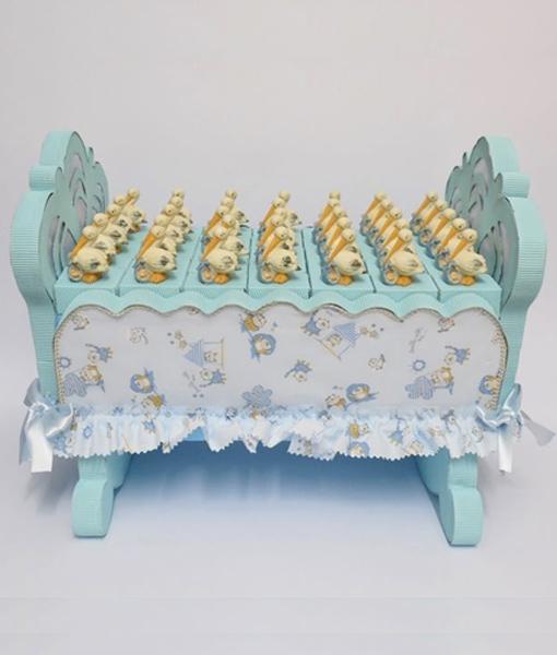 Torta culla azzurra bomboniera cicogna for Culla azzurra