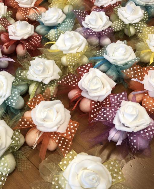 Bomboniera Coccarda Fiore Lattice Color 101- NonSoloCerimonie.it