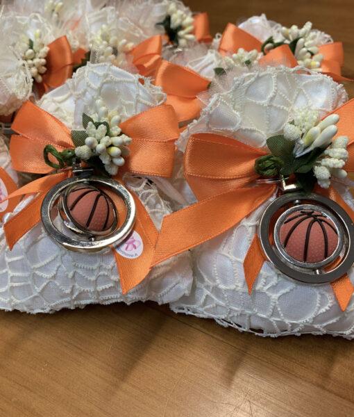 Bomboniera Sacchetto Portachiavi Pallone Basket Arancione 101 - NonSoloCerimonie.it