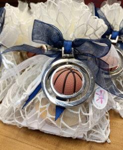 Bomboniera Sacchetto Portachiavi Pallone Basket Blu 100 - NonSoloCerimonie.it